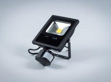 Naświetlacz LED Professional 20W z czujnikiem ruchu i zmierzchu IP65 [NLPIR20-S]