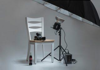 Oświetlenie domowego studia fotograficznego – jak odpowiednio je dobrać?