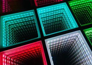 Od czego zależy kolor diody LED?